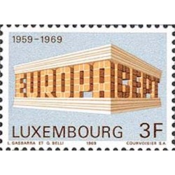 Luxembourg N° 0738 N**