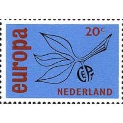 Pays-Bas N° 0823 N**