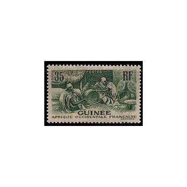 Guinée N° 134 N *