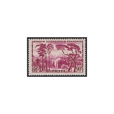 Guinée N° 162 N *